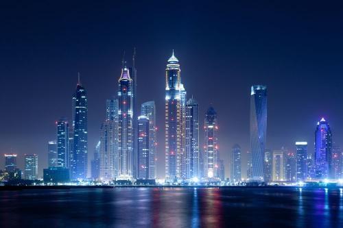 建筑物夜景